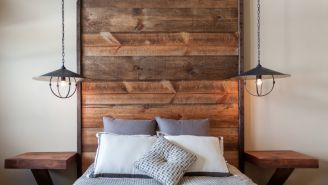 Photo: houzz.com, License: http://www.houzz.com/photos/10594279/Juniper-HIlls-rustic-bedroom-sacramento