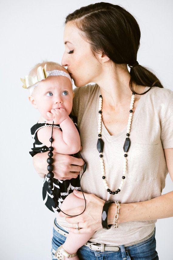 Silicone Teething Necklace Silicone Nursing Necklace Layla - Black and Cream Monochromatic