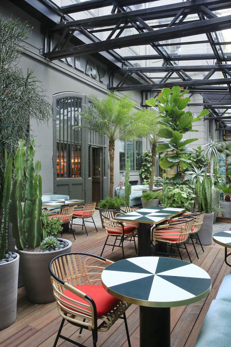 Le Sinople Paris restaurant cum plant conservatory designed by Charlotte Biltgen