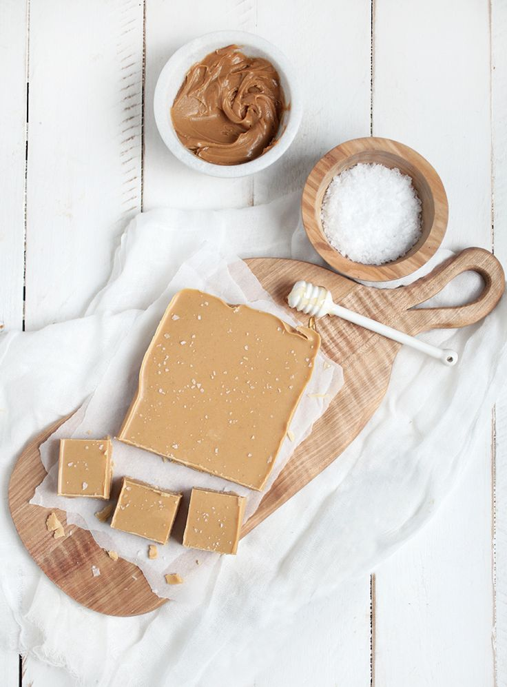 Natural Peanut Butter Fudge @themerrythought