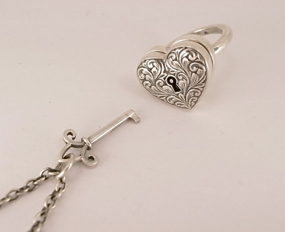 Sterling Silver Locking Engraved Heart Ring with Separate Key