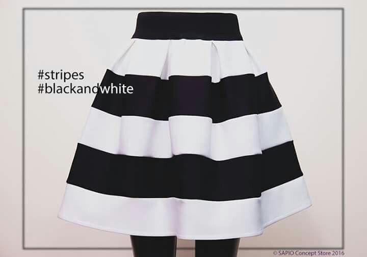 #stripes #black&white @sapioconceptstore wwe.sapiostore.ro