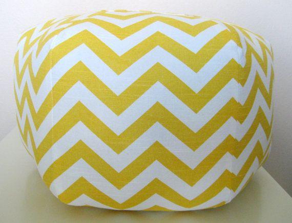 More Chevron love.Zig Zag, Girls Room Design, Floor Pillows, Chevron Zig, Poufs Floors, Sitting Room, Floors Pillows, Ottoman Poufs, Yellow Chevron