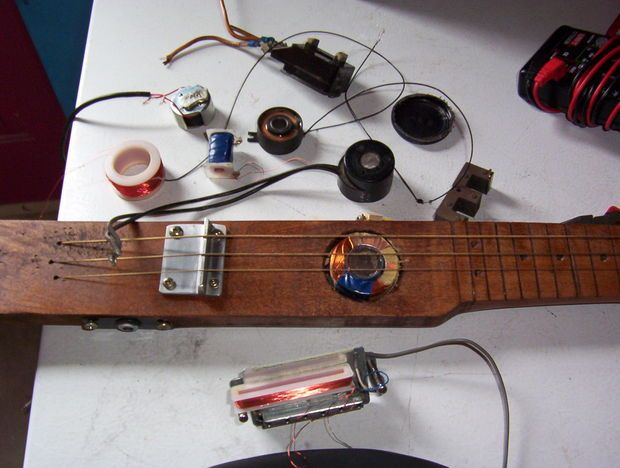 Picture of cheap and easy guitar pickups