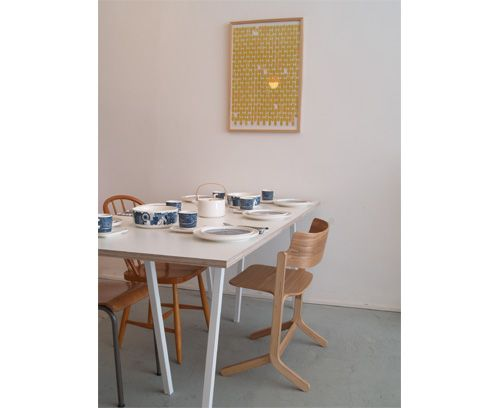 HAY Loop stand table white http://decdesignecasa.blogspot.it
