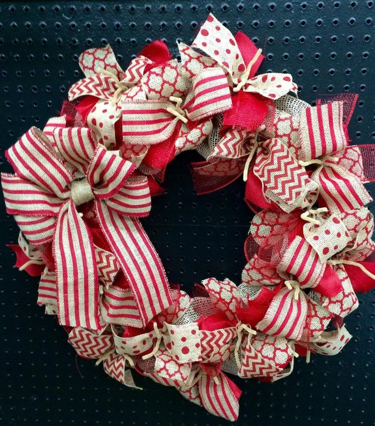 Wreath it! Red Burlap Wreath Wall Hanging-Natural Burlap - Made with our patent pending Wreath it! base