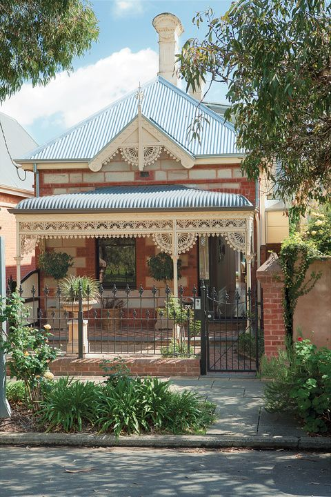 Traditional Victorian facade in Australia 1880 Bungalow