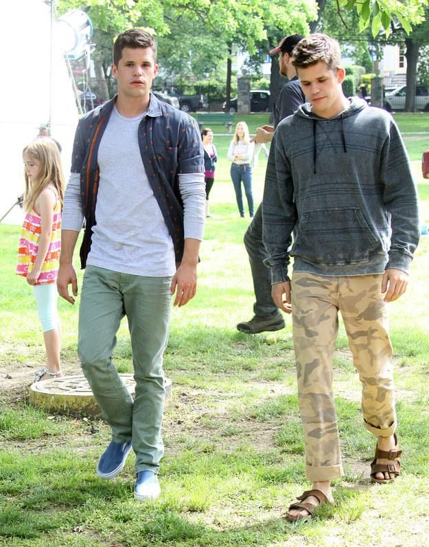 OMG Here's Hot Twin Max Carver Spoon Feeds Equally Hot Brother Charlie Carver