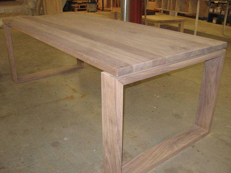 Moderne tafel zwevend blad