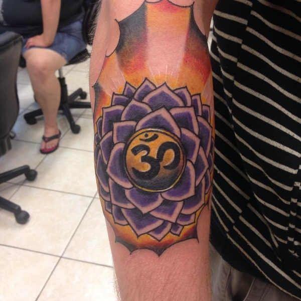 Tatuaże Buddyjskie Znaczenie Historia 30 Zdjęć Pomysł