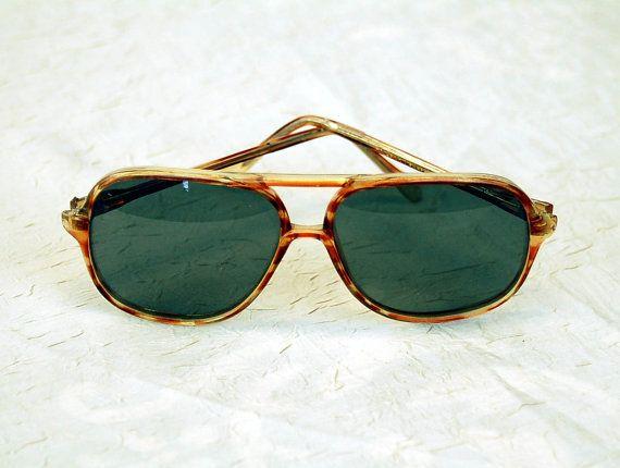 1970s sunglasses aviator large frame  big lenses by vintagerunway