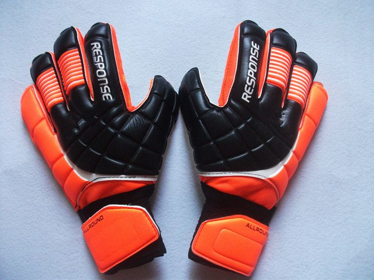 Hot Sale Soccer Goalkeeper LATEX Gloves Think Goalie Professional luvas guantes de arquero goalie gloves - http://sportsgearmall.com/?product=hot-sale-soccer-goalkeeper-latex-gloves-think-goalie-professional-luvas-guantes-de-arquero-goalie-gloves