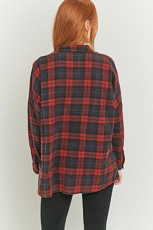 BDG – Weites Flanellhemd in Rot - Urban Outfitters
