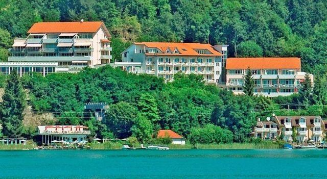 Ferienhotel Wörthersee - 4 Star #Hotel - $67 - #Hotels #Austria #PörtschachamWörthersee http://www.justigo.ca/hotels/austria/portschach-am-worthersee/ferienhotel-worthersee_46375.html