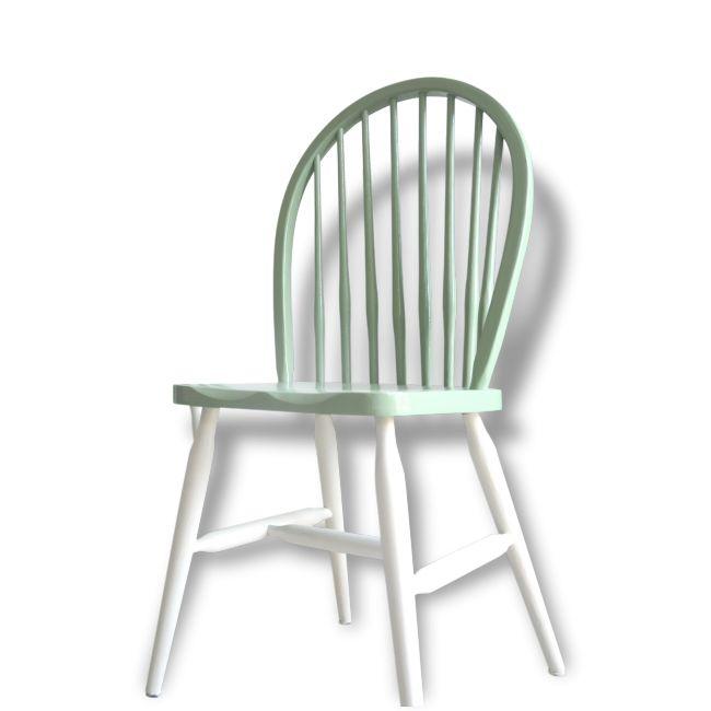 Les 25 meilleures id es de la cat gorie chaises windsor for Chaise barreaux