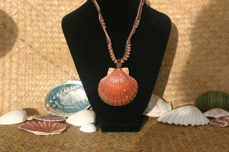 Rustic Scallop Shell Necklace  from ShellCentric by DaWanda.com