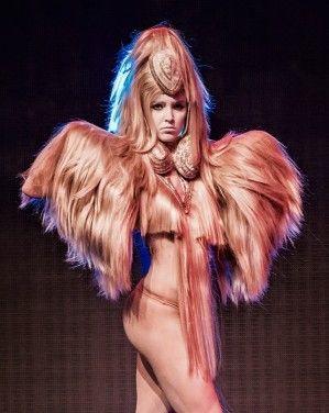 Haar styling - Charlie Le Mindu -Hairdreams Rimini Show