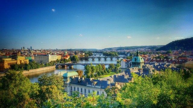 48 Hours in Prague!