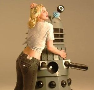 Katee Sackhoff Photo Shoot for GEEK Magazine! [Video]