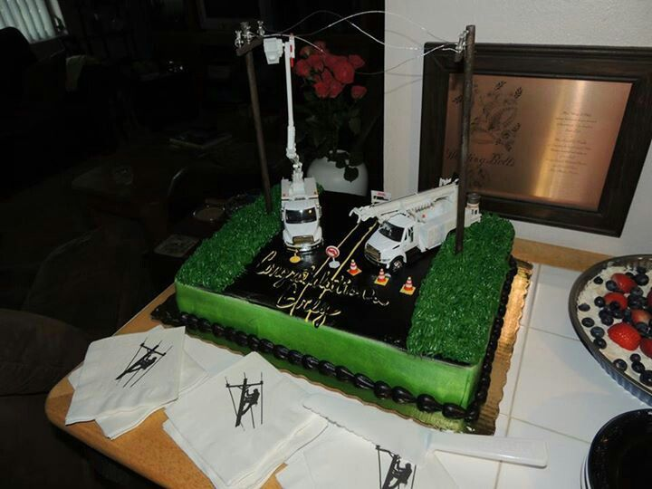 Cake Decorating Ideas Electrician : Lineman graduation cake Lineman Things Pinterest ...