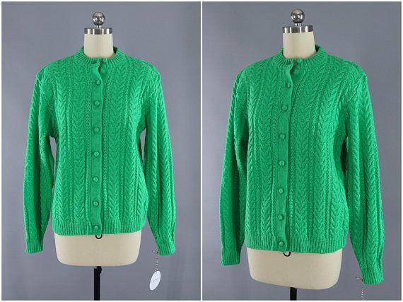 d7286bc9cc Vintage 1960s Cardigan Sweater   Tally Ho Kelly Green Knitted Sweater   Vintage  Jumper   Vintage Cardi  VintageJumper  PreppySweater  VintageSweater ...