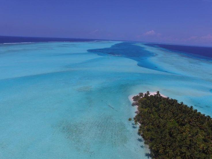 Desert island Fottheyo Vaavu atoll Maldives