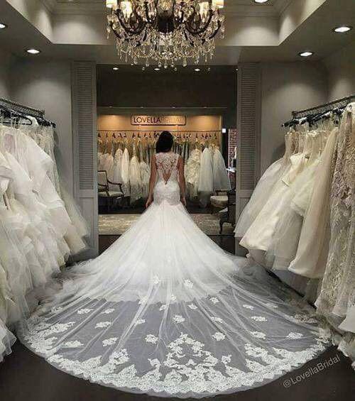 Best 20  Long wedding trains ideas on Pinterest | Classy ...
