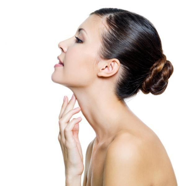 Cómo rejuvenecer el cuello - 8 pasos (con imágenes)