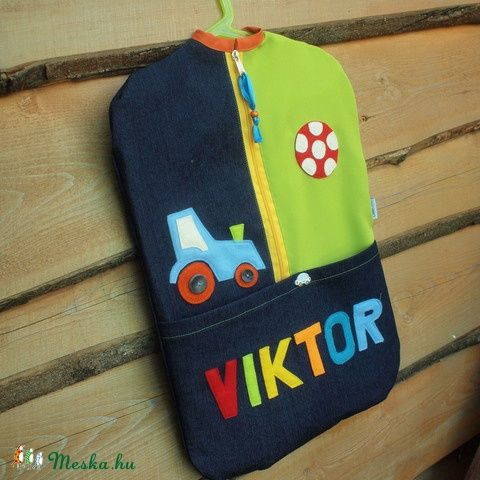 Egyedi farmer ovis zsák filc rátétekkel - rendelésre Ha szeretnél te is egy ilyen zsákot a gyerkőcnek, írj a cimocumo@gmail.com e-mail címre. :-)