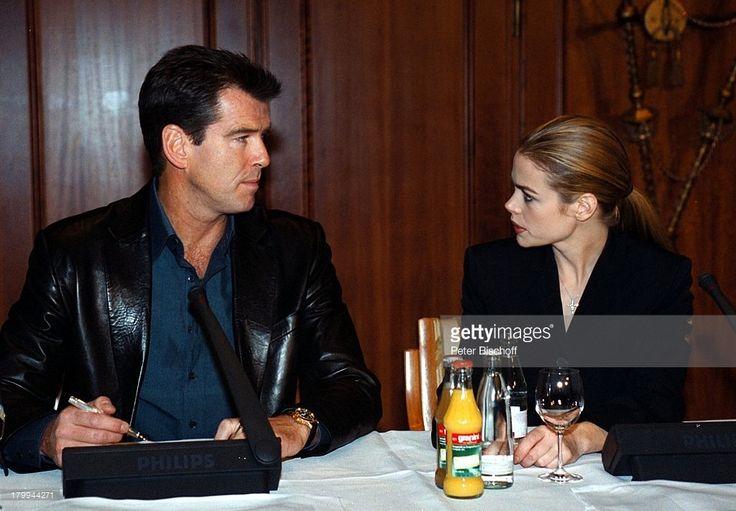 Pierce Brosnan, Denise Richards, Kinofilm;'James Bond-Die Welt ist nicht genug',;Pressekonferenz, Berlin, Deutschland, Europa,