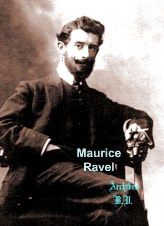 """Maurice Ravel à la fin des années 1890, faisait partie d'un groupe d'artistes (dont les filles étaient exclues) et d'intellectuels qui portait le nom de """"Club Apache"""". La guerre, en 1914 a mis fin à cette association. Cette épreuve a été tirée dans les ateliers de Pierre Petit rue Cadet. Accompagnée d'une dédicace à l'abbé Léonce Petit aumônier de l'Opéra lié aux Apaches, surnommé en raison de sa chevelure abondante,Tignasse de Loyala. (Bernard Vassor, Autour du Père Tanguy)"""