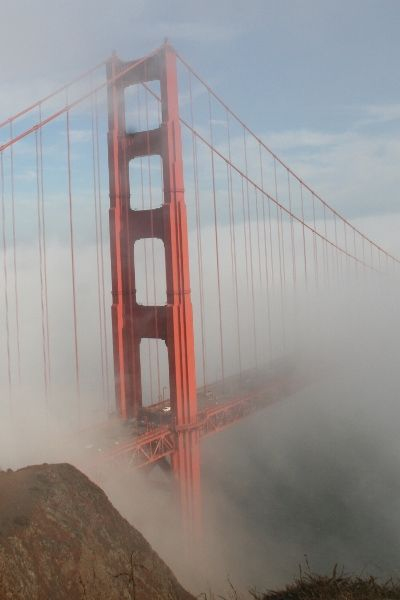 Golden Gate Bridge on a foggy August day - Photo by Sylvie Zolezzi