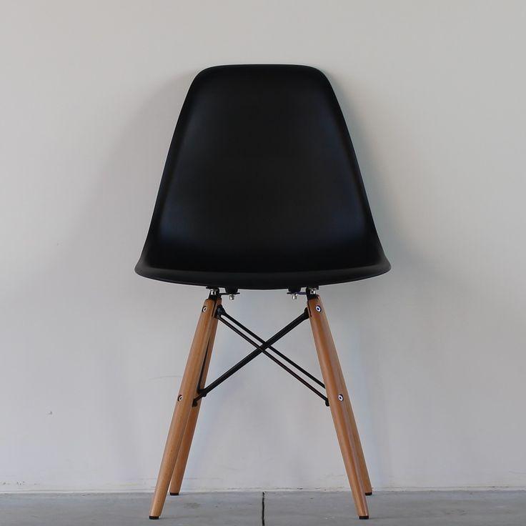 Replica Eames DSW Chair - with Black crossbar - Black