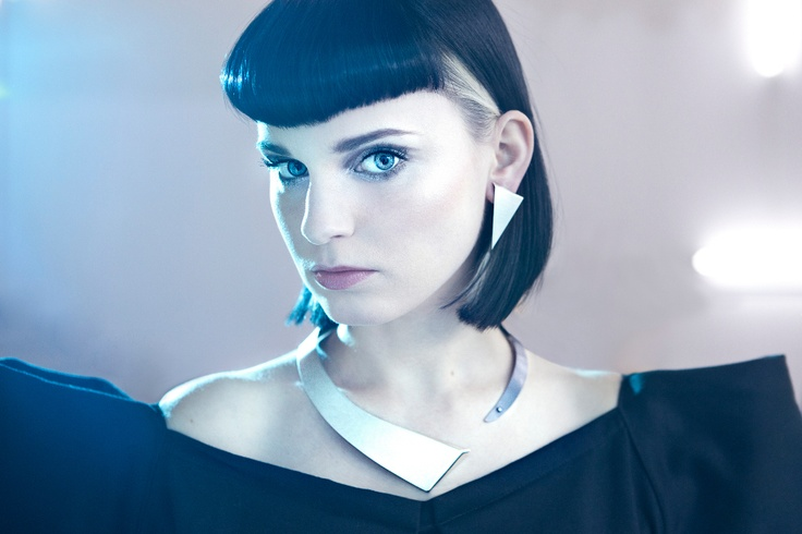 Photographer: Karolina Gorzelańczyk Makeup: Natalia Gorbaczewska-Kuźniak Jewellery: Aleksandra Przybysz