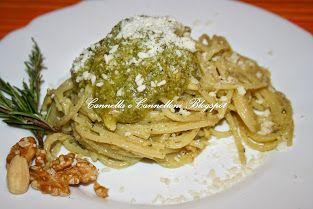 Spaghettoni al pesto aromatico http://cannellaecannelloni.blogspot.it/2013/02/spaghettoni-al-pesto-aromatico.html