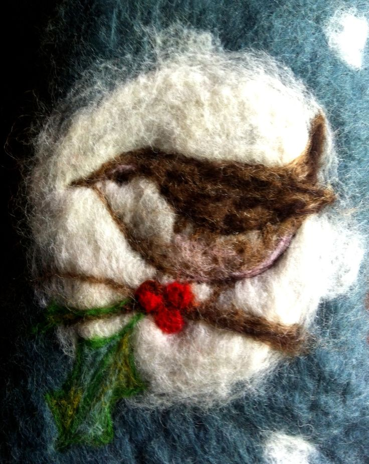 Christmas Wren - needlefelting inspiration - nice big picture showing detail on site - artist Lou Tonkin
