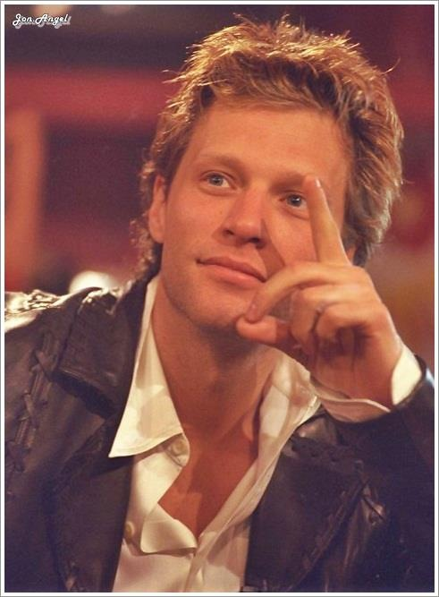 Jon Bon Jovi 1998 - on TFI Friday TV show in Britain (??)