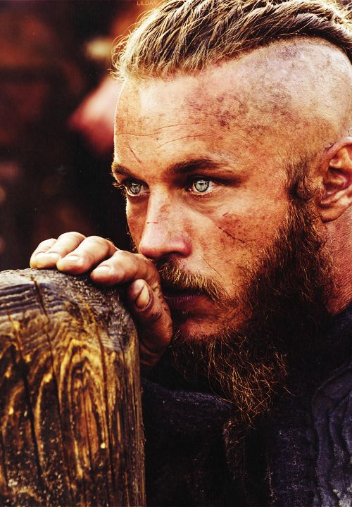 Ragnar Lothbrok (Travis Fimmel ) Born: July 15, 1979  in nr. Echuca, Victoria, Australia