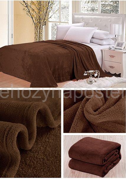 Deka tmavě hnědé barvy na postel pro děti