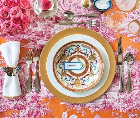 Photo Gallery Holiday Tables. Gold Table SettingsSetting ...  sc 1 st  Pinterest & 327 best Decorate   Table Settings images on Pinterest   Place ...