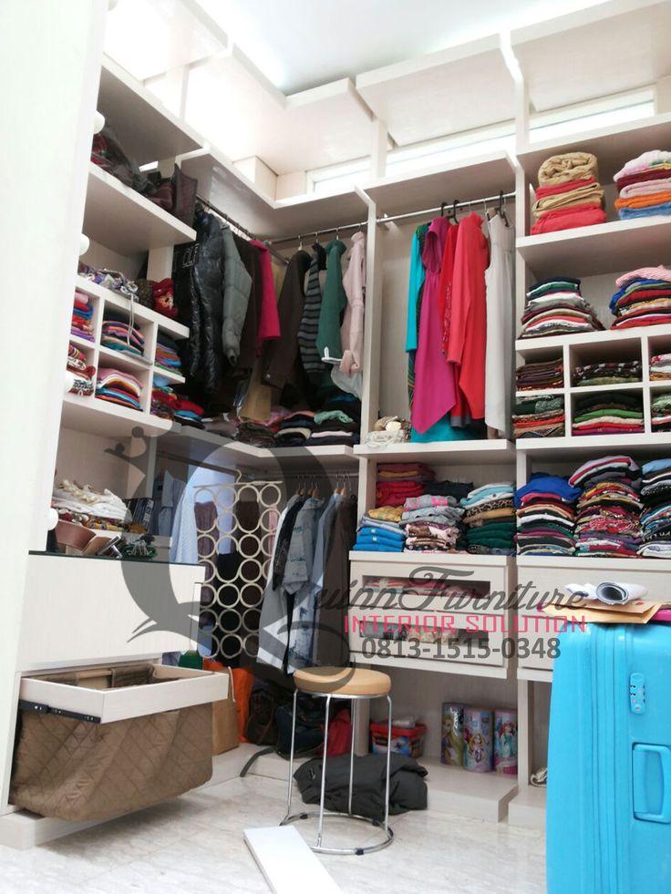 Walk In Closet 1 - Workshop Furniture