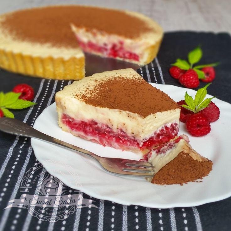 Tarta z kremem tiramisu i malinami   Świat Ciasta