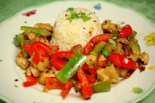 Snel en eenvoudig een rijstgerecht maken? Deze Oosterse biefstukreepjes met bimi…