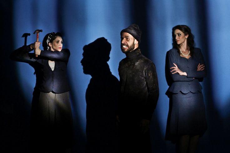 A Cia. Vigor Mortis se inspira no célebre teatro de horror de Paris para apresentar duas histórias assustadoras.