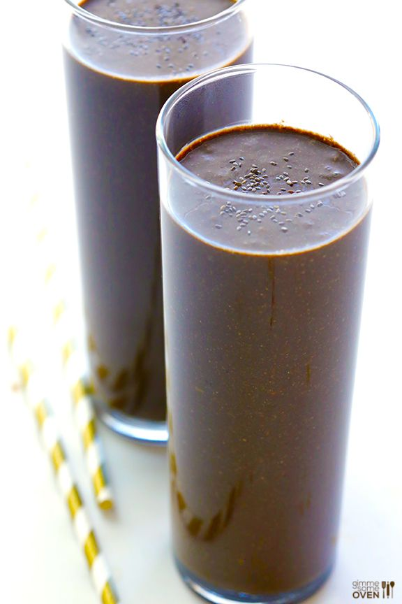 This Chocolate Chia Smoothie recipe tastes oh-so-decadent, but is actually really good for you. Plus it's vegan and gluten-free!
