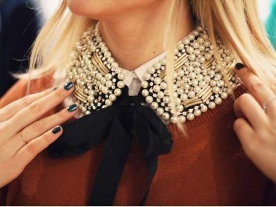 @AOB Pv.....esto es sensacional....convierte tu blusa en una nueva