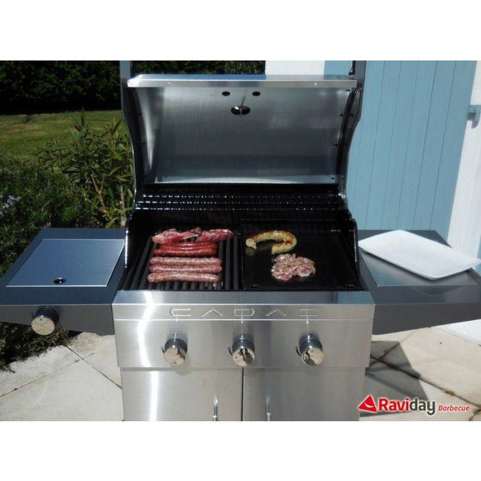 Barbecue ou plancha : que choisir ? Raviday vous conseille su son blog. #barbecue #plancha #bbq #gaz #campingaz #barbecook #cadac