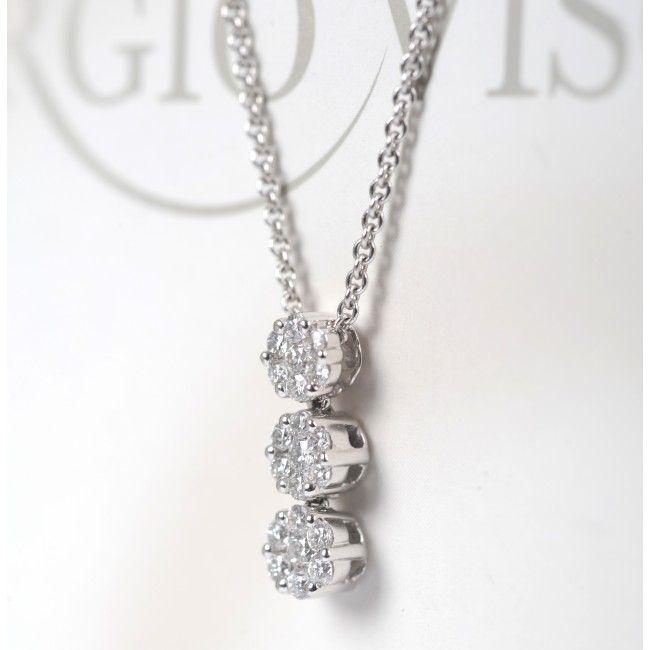 """""""Le grandi donne hanno bisogno di grandi diamanti!"""" Elizabeth Taylor. #diamanti #amicidelledonne #giorgiovisconti http://www.gioielleriagigante.it/"""