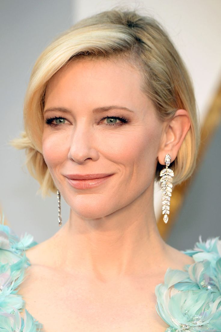 Cate Blanchett shows up in a showstopping Armani Prive gown, accessorized with a chic new haircut.
