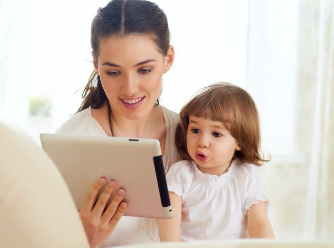 ¿Qué define a una mamá millennial además de su generación?